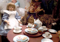 northlandz-alice-in-wonderland-dolls