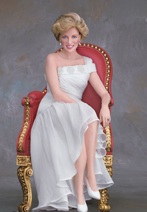 Diana_Doll_-_Princess_of_Wales_Porcelain_Portrait_Doll_-_20041