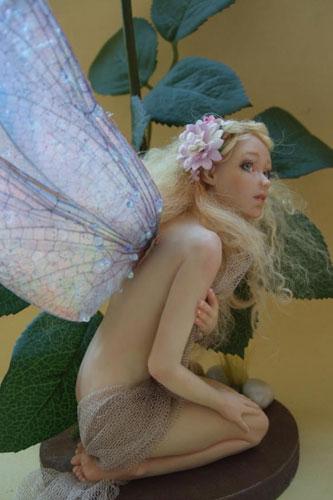 Shy-Fairy-by-Patrizia-Cozzo