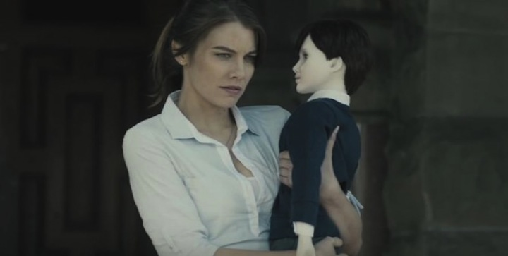 Lauren-Cohan-Holds-Brahms-In-The-Boy-670x338