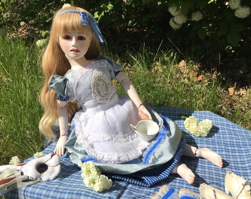 13 Alice full