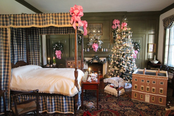 Welcome to the Dollhouse: Historic Houses of Odessa swing open a door to a dream