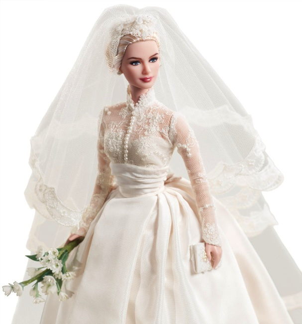 Grace Kelly's bridal ensemble. Photo courtesy of Mattel