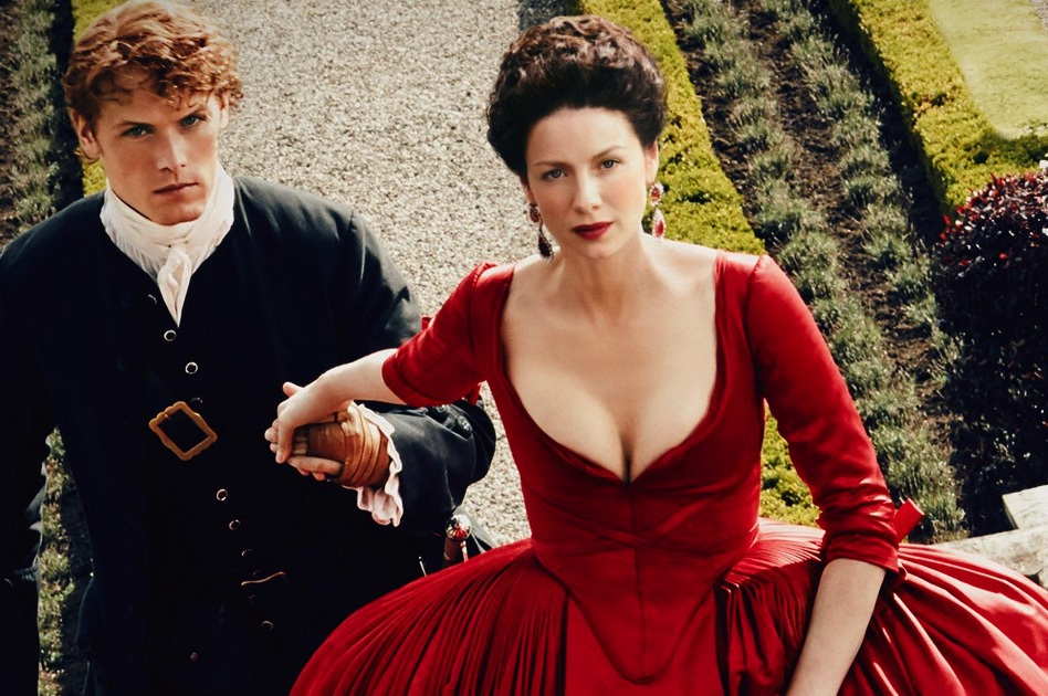 Jamie escorts Claire in the scandalous red dress as they try to change history.