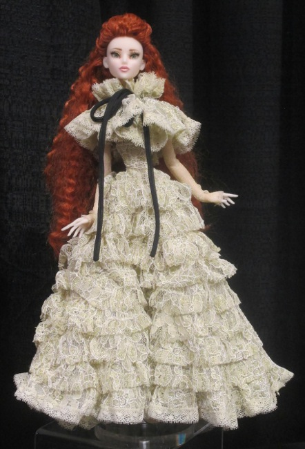 Kadira in her Ophelia ensemble.