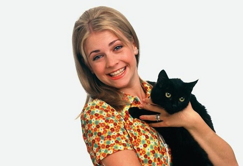 Melissa Joan Hart and Salem in Sabrina