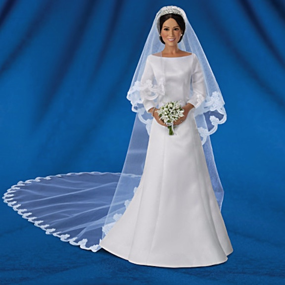 Full-length Meghan Markle Bride Doll