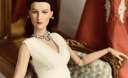 Study in Scarlett: Tonner dresses his O'Hara doll as Outlander, more