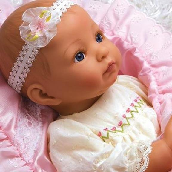 Close-up of Baby Bella