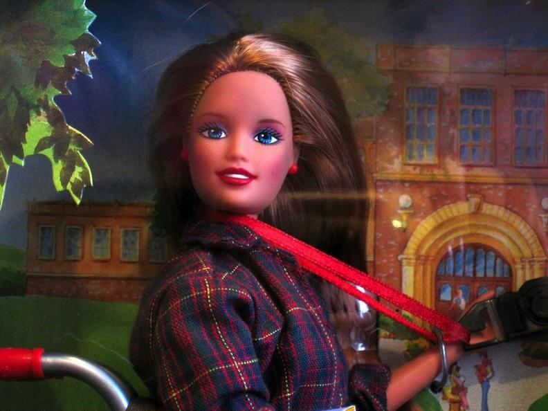 Campus photographer Barbie 1998