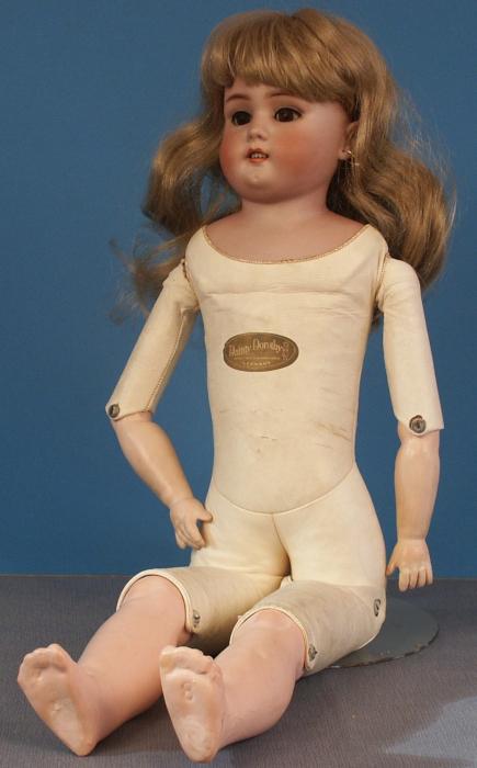 25-inch Dainty Dorothy doll